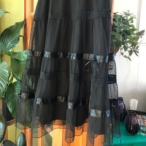 Express layered black lace/tulle/ribbon skirt 7/8